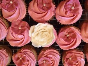 Vanila Raspberry Cupcakes