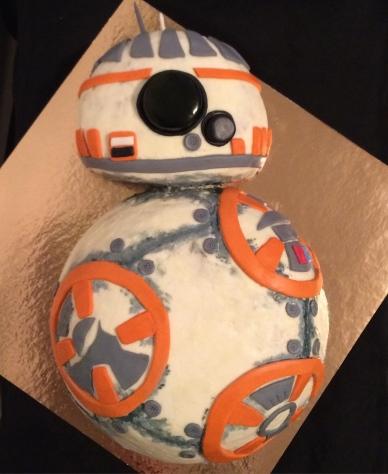 Vanilla cream BB8 from Star Wars cake