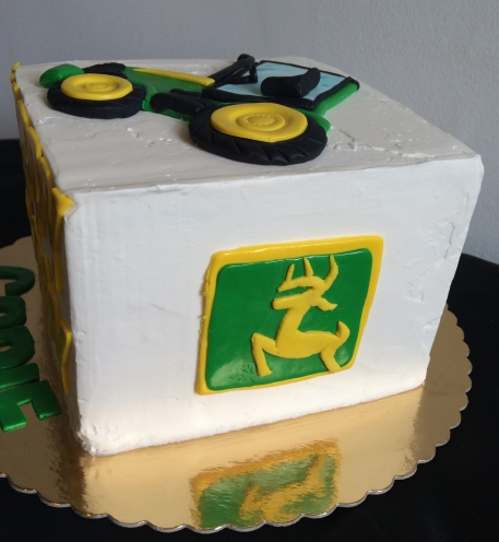 Vanilla cream John Deer cake