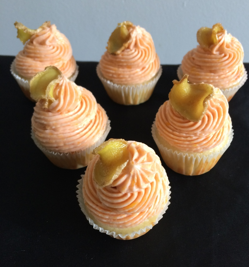 Ginger peach mini cupcakes