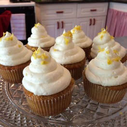 Carrot cupcakes with lemon cream cheese icing