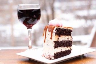cake&wine2