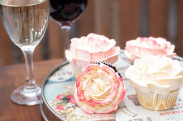 Buttercream roses cupcakes