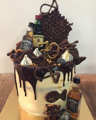 Whiskey and chocolate love cake